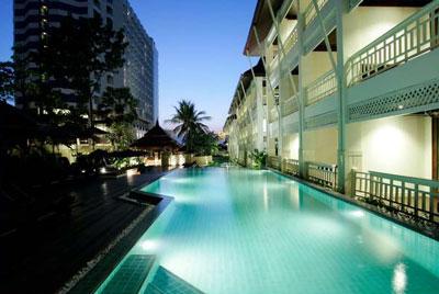 Pullman Pattaya Aisawan Hotel